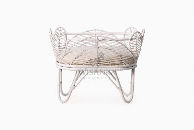 Nada Baby Wicker Bassinet with Cushion front