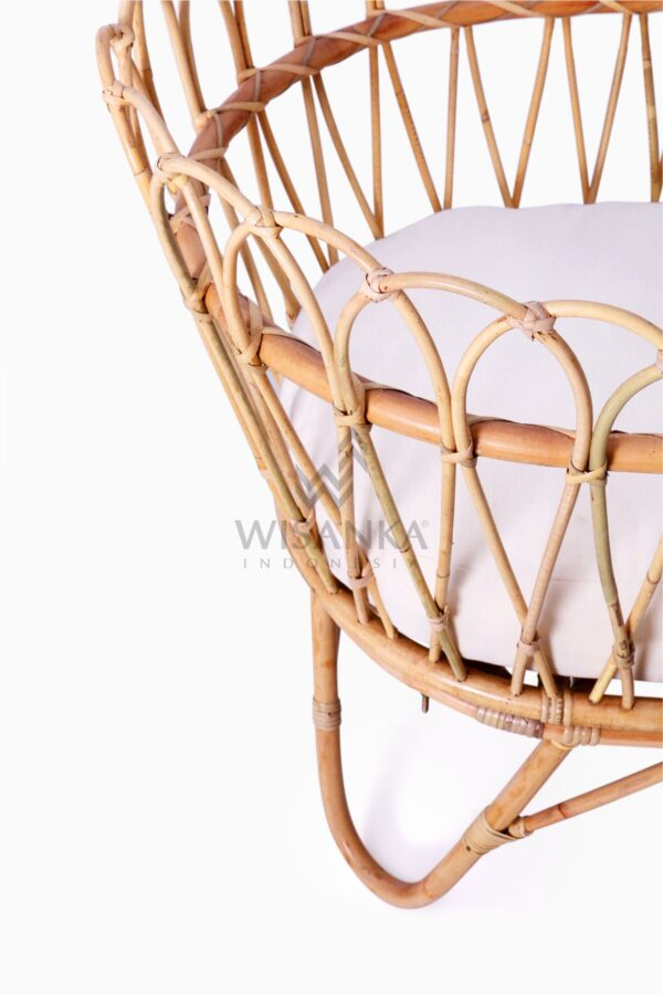 Rima Baby Wicker Bassinet with cushion Detail
